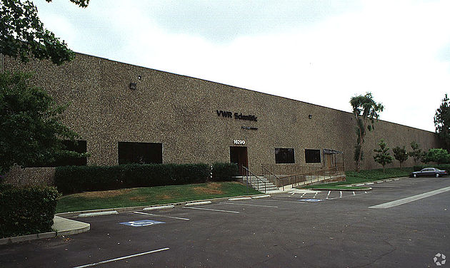 cerritos light industrial warehouse lease greater los angeles toolots